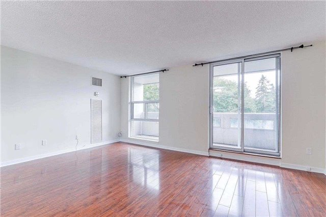 Condo Apartment at 50 Inverlochy Blvd, Unit 302, Markham, Ontario. Image 5