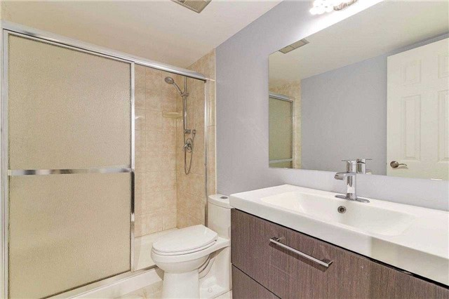 Condo Apartment at 50 Inverlochy Blvd, Unit 302, Markham, Ontario. Image 8