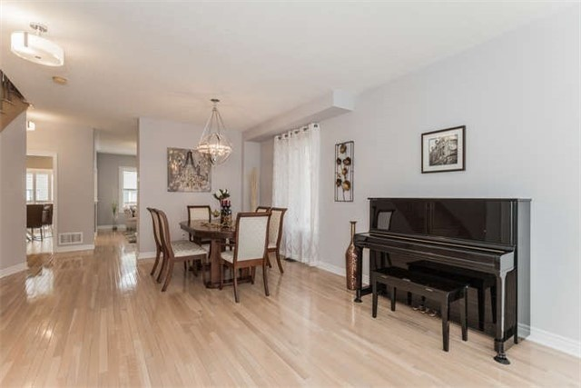 Detached at 21 Markshire Rd, Markham, Ontario. Image 15