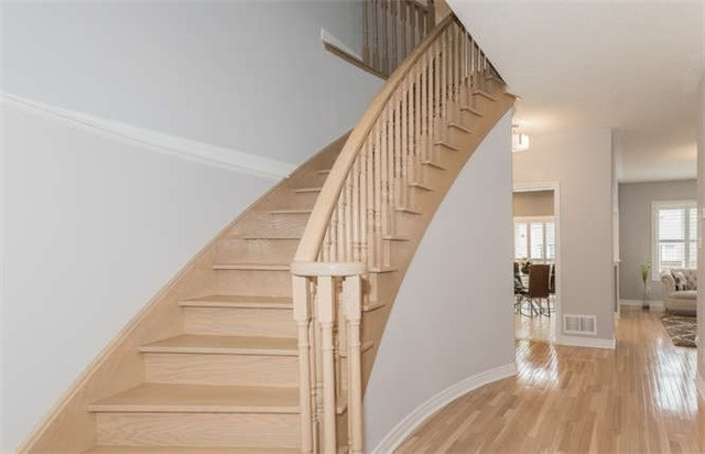 Detached at 21 Markshire Rd, Markham, Ontario. Image 4