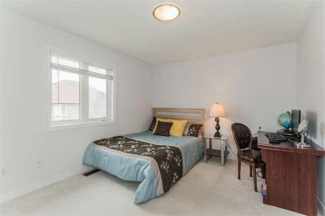 Detached at 21 Markshire Rd, Markham, Ontario. Image 9