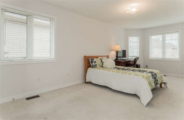 Detached at 21 Markshire Rd, Markham, Ontario. Image 13