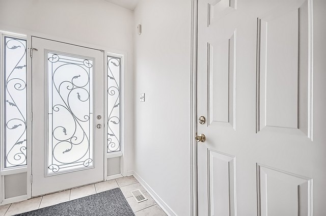 Townhouse at 106 Lowther Ave, Richmond Hill, Ontario. Image 14