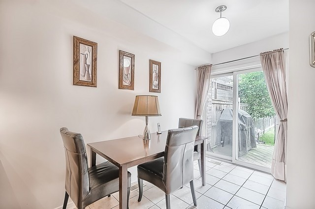 Townhouse at 106 Lowther Ave, Richmond Hill, Ontario. Image 3