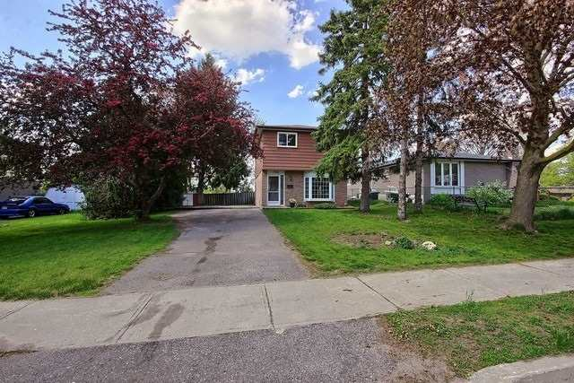 Detached at 792 Greenfield Cres, Newmarket, Ontario. Image 12