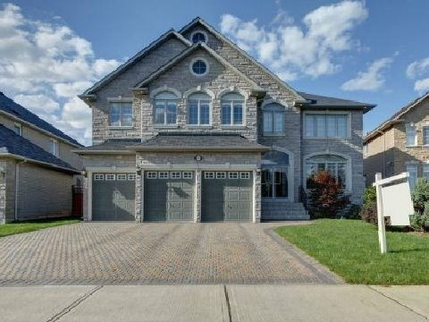 Detached at 57 Frybrook Cres, Richmond Hill, Ontario. Image 1