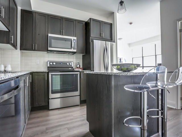 Condo Apartment at 2900 Highway 7, Unit 1403, Vaughan, Ontario. Image 12