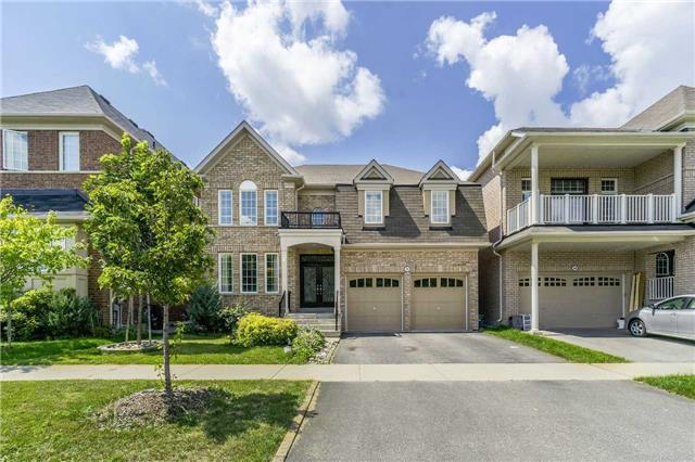 Detached at 26 Morganfield Crt, Richmond Hill, Ontario. Image 1