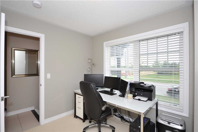 Townhouse at 82 Baker Hill Blvd, Whitchurch-Stouffville, Ontario. Image 12