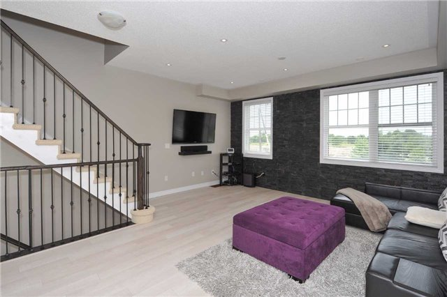 Townhouse at 82 Baker Hill Blvd, Whitchurch-Stouffville, Ontario. Image 15