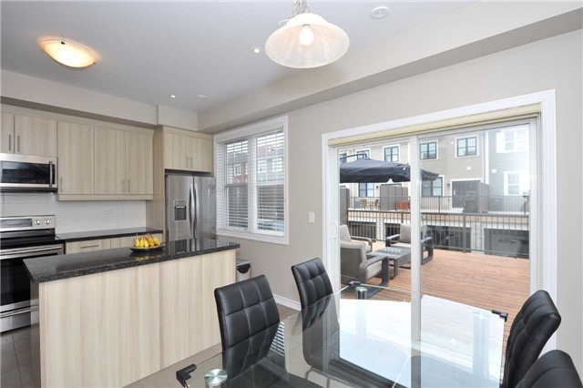 Townhouse at 82 Baker Hill Blvd, Whitchurch-Stouffville, Ontario. Image 3