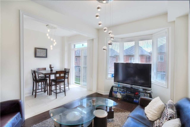 Link at 14 Collin Crt, Richmond Hill, Ontario. Image 17