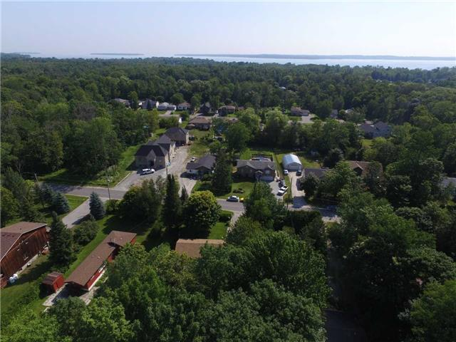 Detached at 1014 Corner Ave, Innisfil, Ontario. Image 10