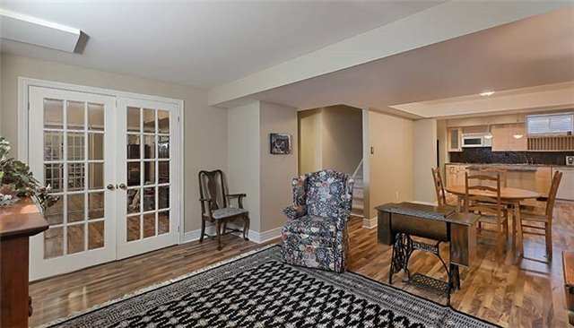 Detached at 26 Boros Link, Whitchurch-Stouffville, Ontario. Image 3