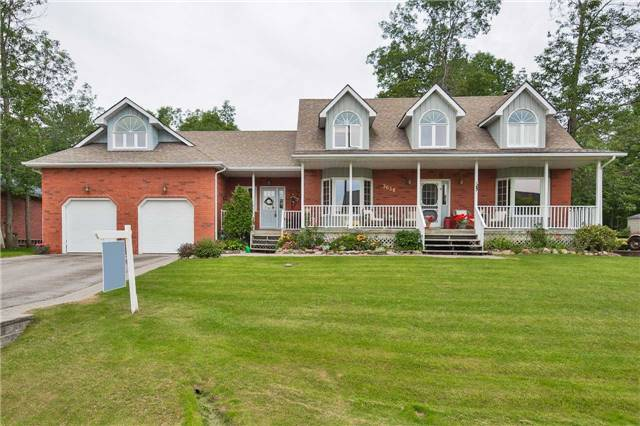 Detached at 3658 Kimberley St, Innisfil, Ontario. Image 1