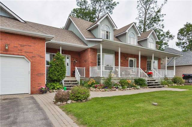 Detached at 3658 Kimberley St, Innisfil, Ontario. Image 12