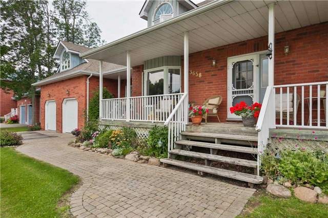 Detached at 3658 Kimberley St, Innisfil, Ontario. Image 14
