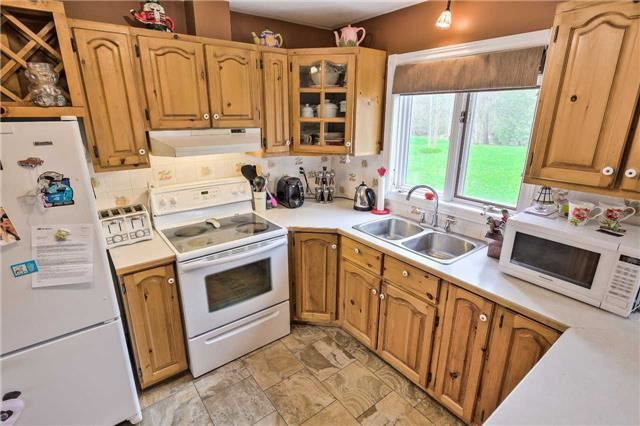 Detached at 3658 Kimberley St, Innisfil, Ontario. Image 20