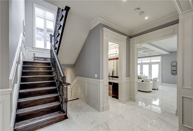 Detached at 125 Moray Ave, Richmond Hill, Ontario. Image 16