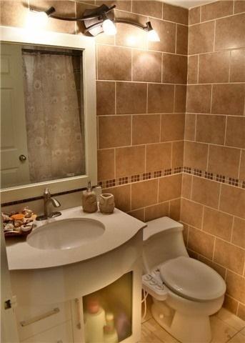 Condo Apartment at 30 Harding Blvd W, Unit 807, Richmond Hill, Ontario. Image 7