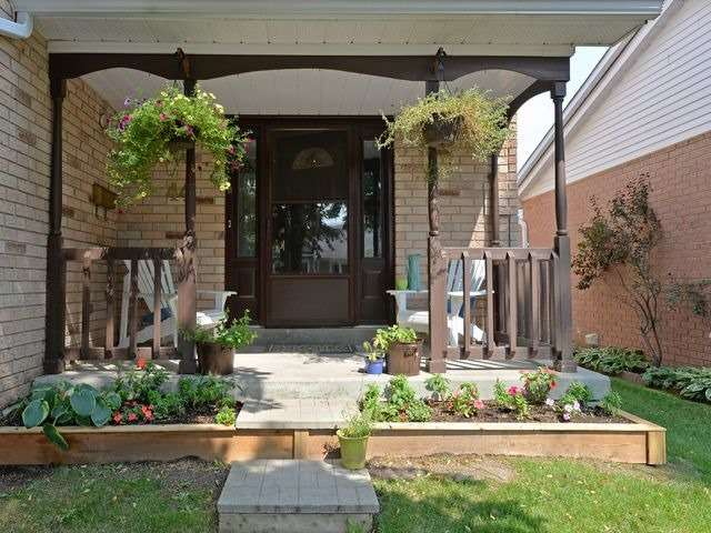 Condo Townhouse at 44 Adams Crt, Uxbridge, Ontario. Image 10