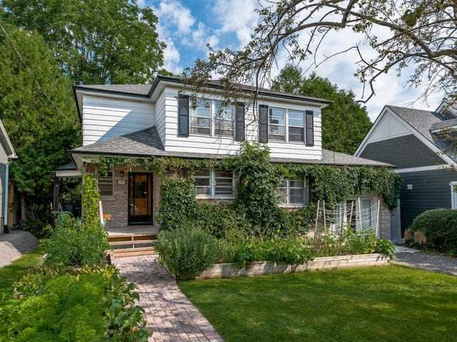 Detached at 295 Avenue Rd, Newmarket, Ontario. Image 1