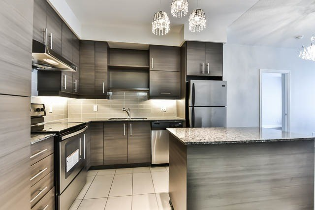 Condo Apartment at 277 South Park Rd, Unit 708, Markham, Ontario. Image 15