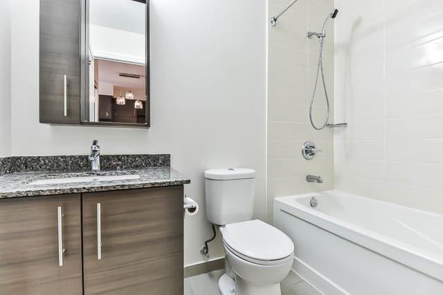 Condo Apartment at 277 South Park Rd, Unit 708, Markham, Ontario. Image 18