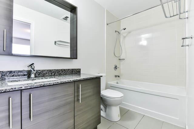 Condo Apartment at 277 South Park Rd, Unit 708, Markham, Ontario. Image 2