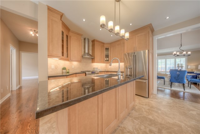 Detached at 86 Vellore Ave, Vaughan, Ontario. Image 19