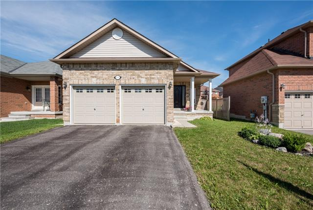 Detached at 1247 Mary-Lou St, Innisfil, Ontario. Image 1