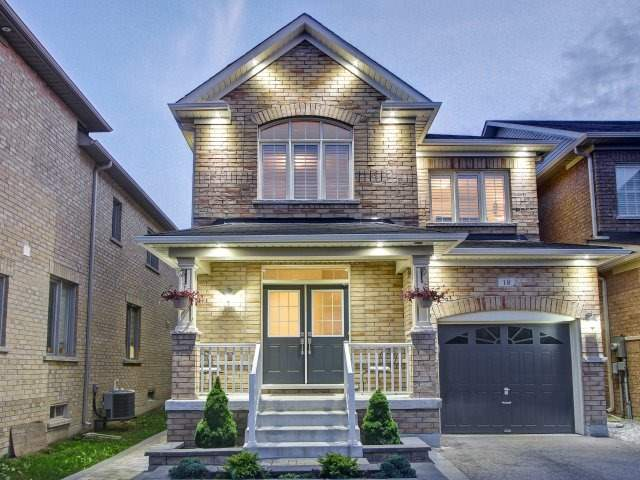 Detached at 18 Philip Brown Ave, Whitchurch-Stouffville, Ontario. Image 14