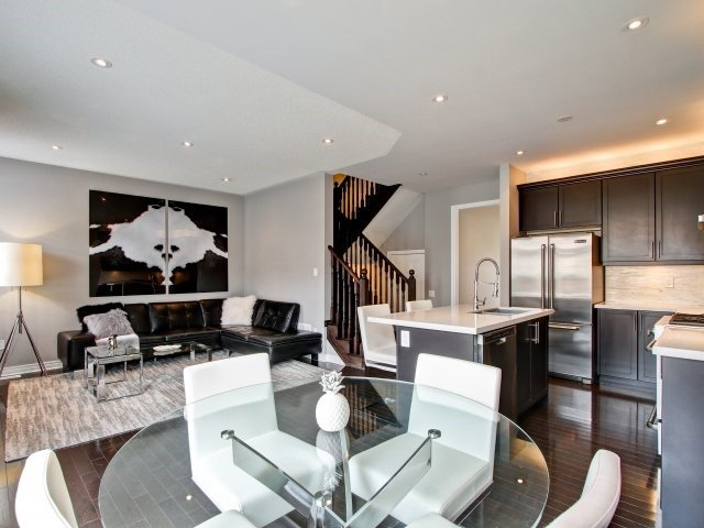 Detached at 18 Philip Brown Ave, Whitchurch-Stouffville, Ontario. Image 20