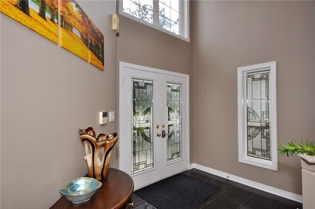 Detached at 152 Colesbrook Rd, Richmond Hill, Ontario. Image 12
