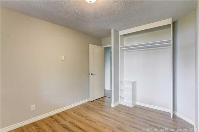 Condo Apartment at 260 Davis Dr, Unit 403, Newmarket, Ontario. Image 20