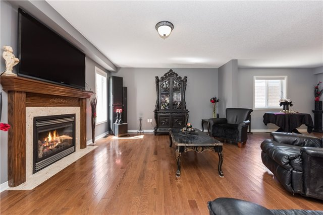 Detached at 1329 Lowrie St, Innisfil, Ontario. Image 14