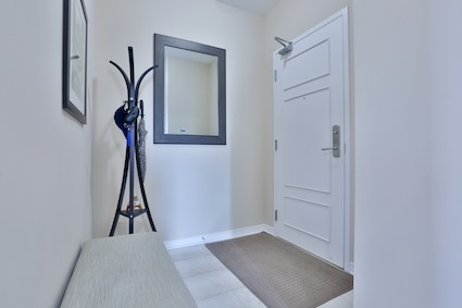 Condo Apartment at 350 Red Maple Rd, Unit 111, Richmond Hill, Ontario. Image 10