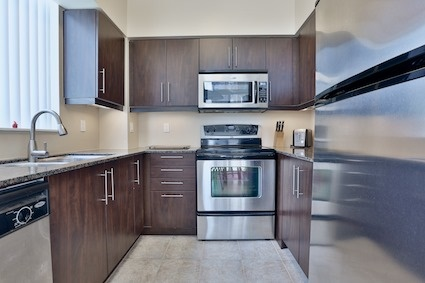 Condo Apartment at 350 Red Maple Rd, Unit 111, Richmond Hill, Ontario. Image 14