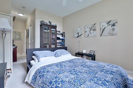 Condo Apartment at 350 Red Maple Rd, Unit 111, Richmond Hill, Ontario. Image 3