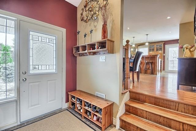 Detached at 91 Oriole Dr, East Gwillimbury, Ontario. Image 15