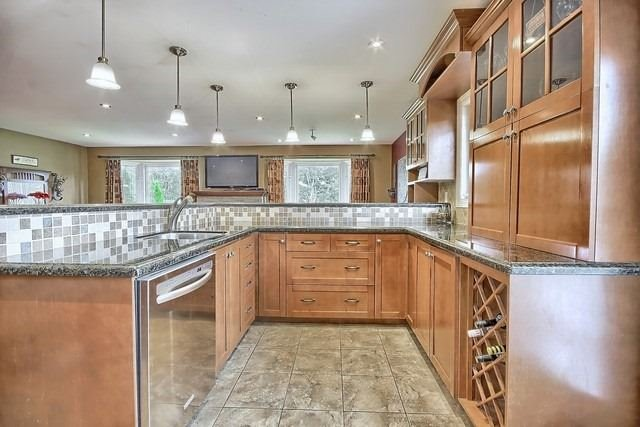 Detached at 91 Oriole Dr, East Gwillimbury, Ontario. Image 18