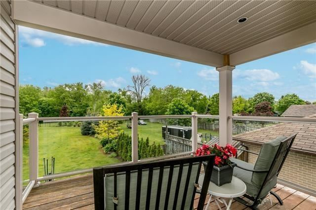 Detached at 91 Oriole Dr, East Gwillimbury, Ontario. Image 3