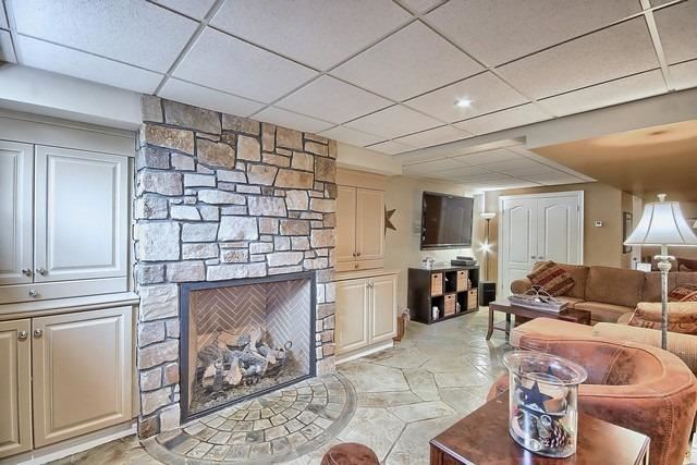 Detached at 91 Oriole Dr, East Gwillimbury, Ontario. Image 7