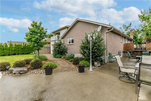 Detached at 91 Oriole Dr, East Gwillimbury, Ontario. Image 9