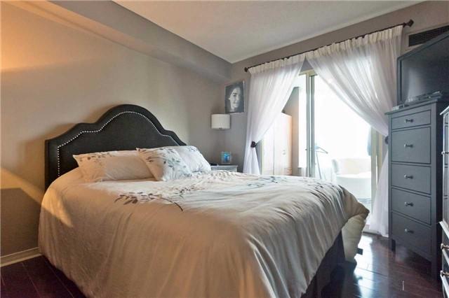 Condo Apartment at 309 Major Mackenzie Blvd, Unit 206, Richmond Hill, Ontario. Image 4
