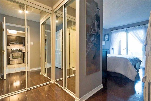 Condo Apartment at 309 Major Mackenzie Blvd, Unit 206, Richmond Hill, Ontario. Image 5
