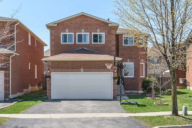 Detached at 34 Mandel Cres, Richmond Hill, Ontario. Image 1