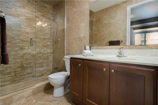 Condo Apartment at 281 Woodbridge Ave, Unit 407, Vaughan, Ontario. Image 7