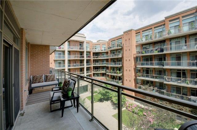 Condo Apartment at 281 Woodbridge Ave, Unit 407, Vaughan, Ontario. Image 8