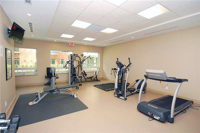 Condo Apartment at 281 Woodbridge Ave, Unit 407, Vaughan, Ontario. Image 10